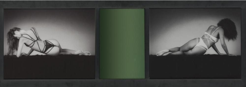 Mirror Image, 1987. Dos prints de gelatina de plata y espejo coloreado 47,2 x 134,7 cm.