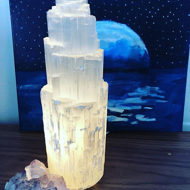 Mia gave me this selenite lamp for my birthday! Love it so much! ❤️