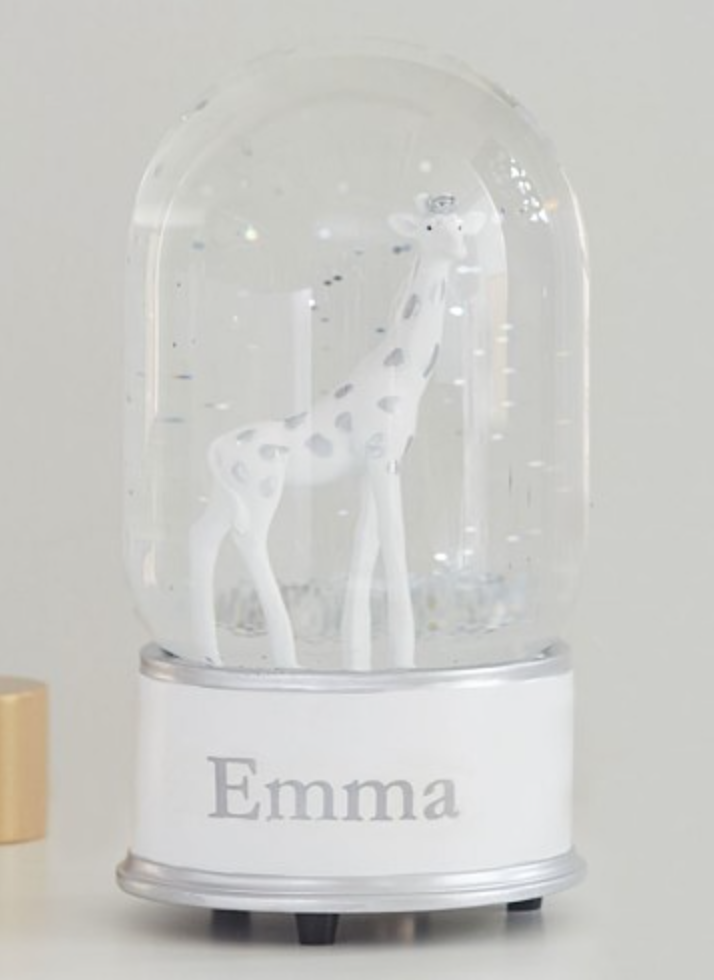 Giraffe Snow Globe - This gift would be perfect for any expecting mother. The name of the child can be put onto the snow globe to make it personalized. It is stylish, cute, and simple.
