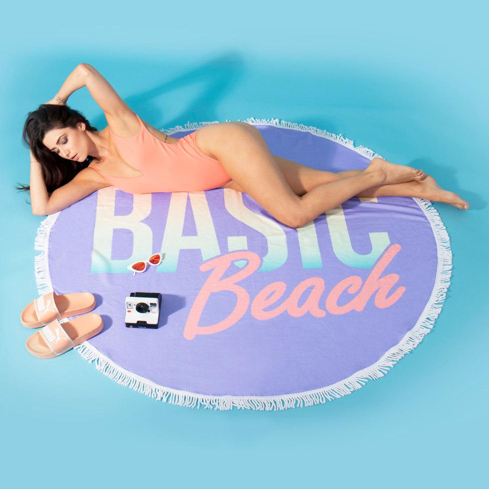 basic-beach-towel_32849.jpg