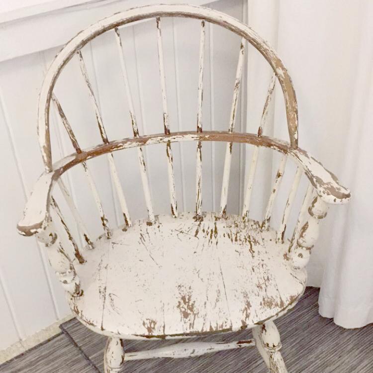 pearls chair.jpg
