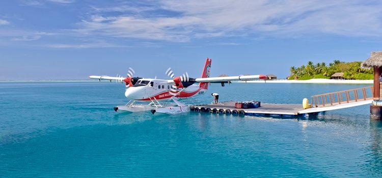 Alle gjestene blir hentet av hotellets private sjøfly