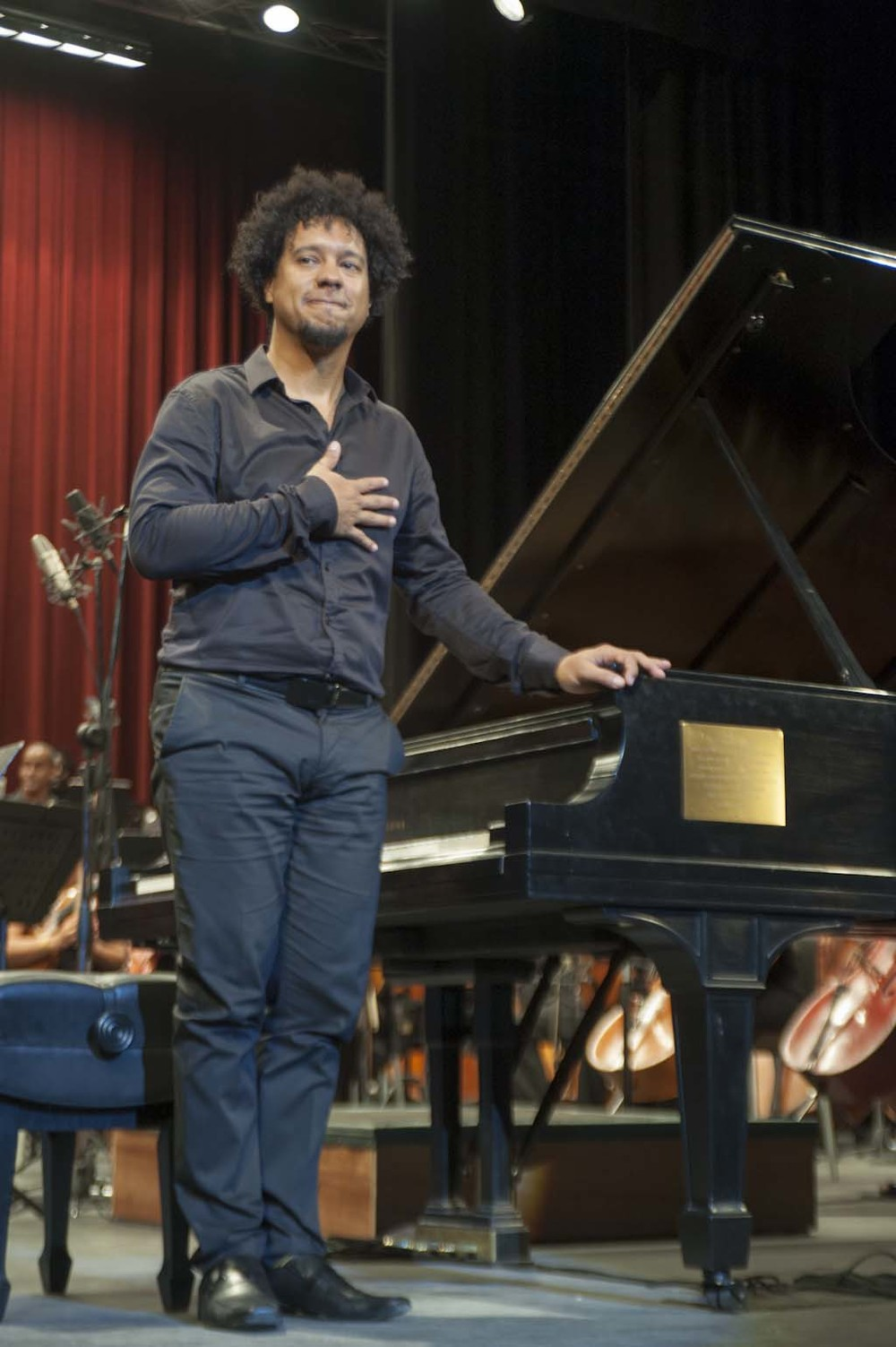 Aldo López-Gavilán after this passionate performance of Rachmaninoff's Concerto #3 in Havana.