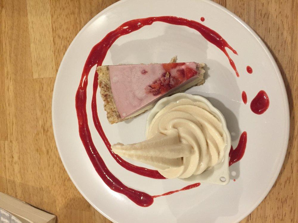 raw, vegan, gluten free plant-based dessert pie in Osaka Japan