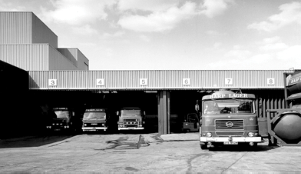 The delivery yard at the Royal Brewery in 1984
