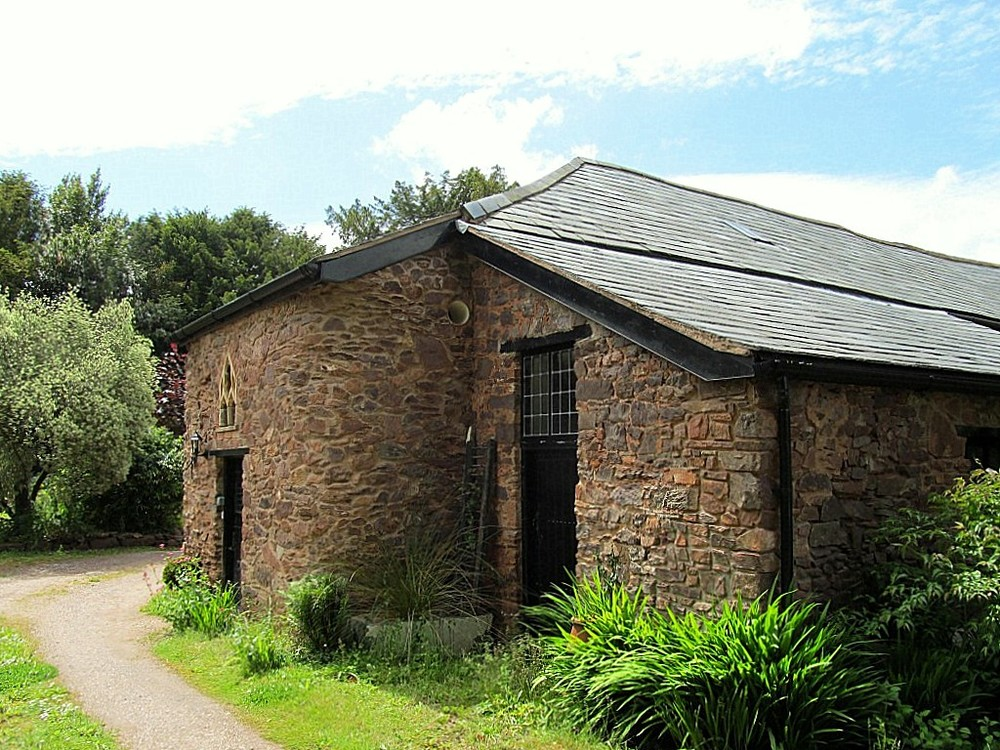 Barn Conversion to office exterior.jpg