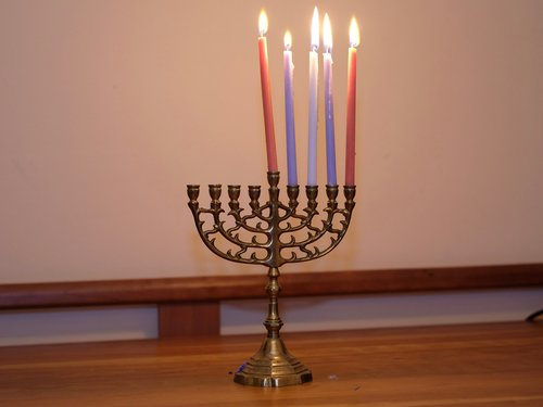Shammai Menorah Night 5.jpg