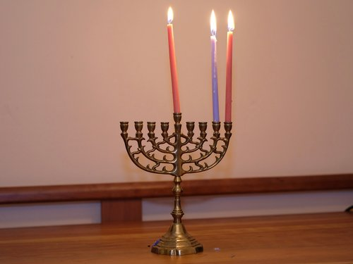 Shammai Menorah Night 7.jpg