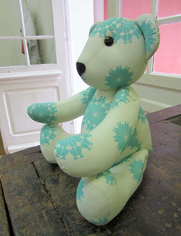 urso-tecido-pinhao-1.jpg