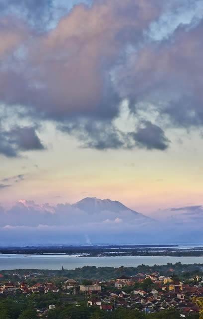 Longhouse-Mount-Agung.jpg