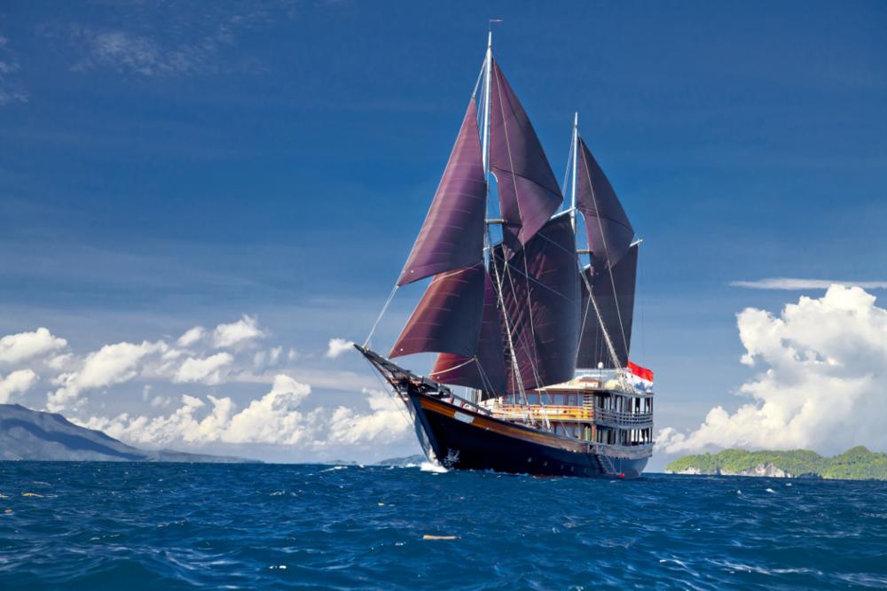Яхта Dunia Baru в аренду в Индонезии