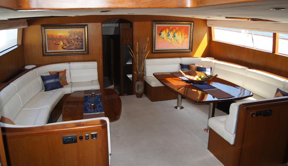 Яхта ASIA