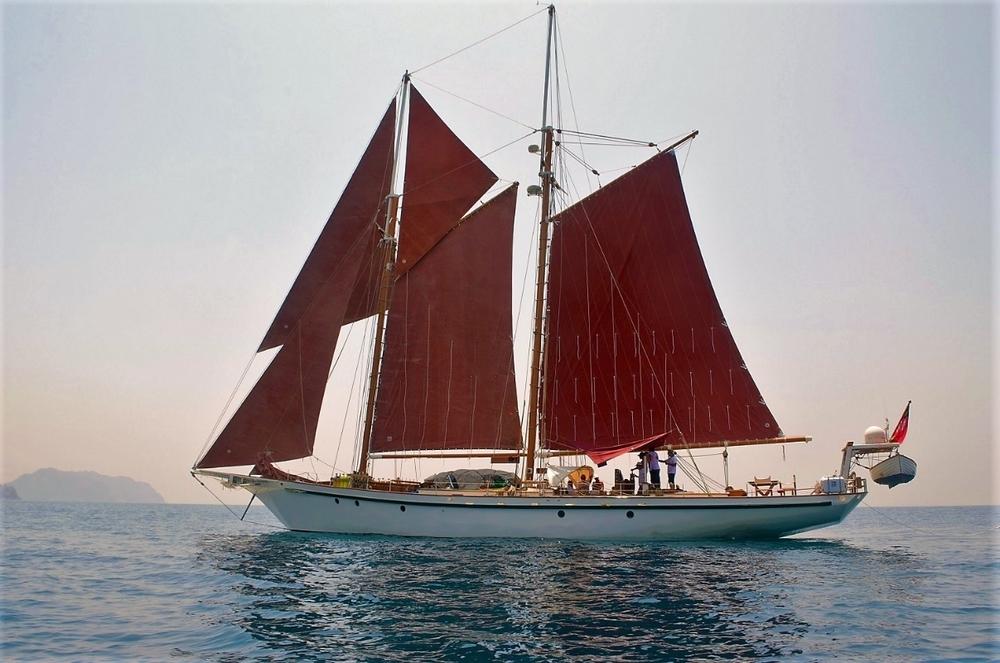 Dallinghoo March 2016 -  Under Sail.jpg