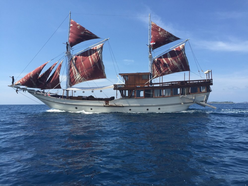 Ultimate Indonesian Yachts_Nyaman_main.jpg