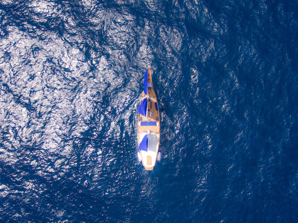UIY_Ocean-Pure_a7-top-sailing-view.jpg