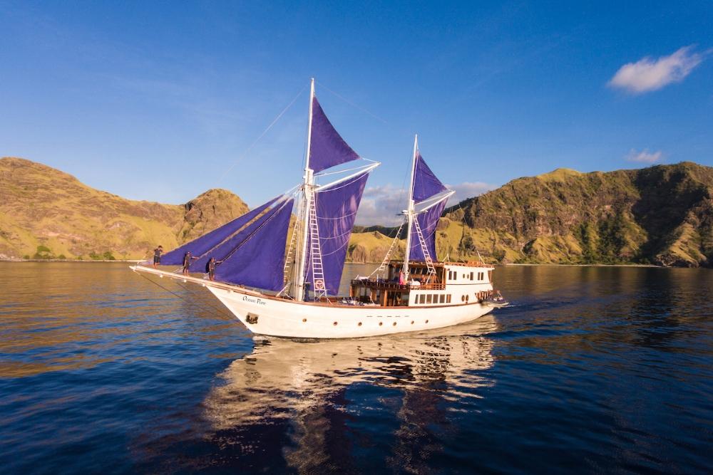 Ultimate Indonesian Yachts_Luxury Yachts_Ocean Pure.jpg
