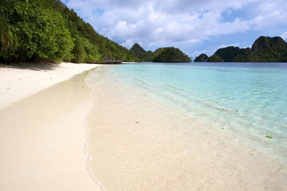 Pulau Wayag 1.jpg