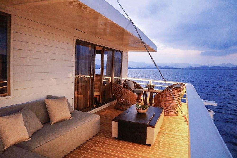 vb1386917_AYANA Lako Di_a_Master Suite Private Balcony_2.jpg