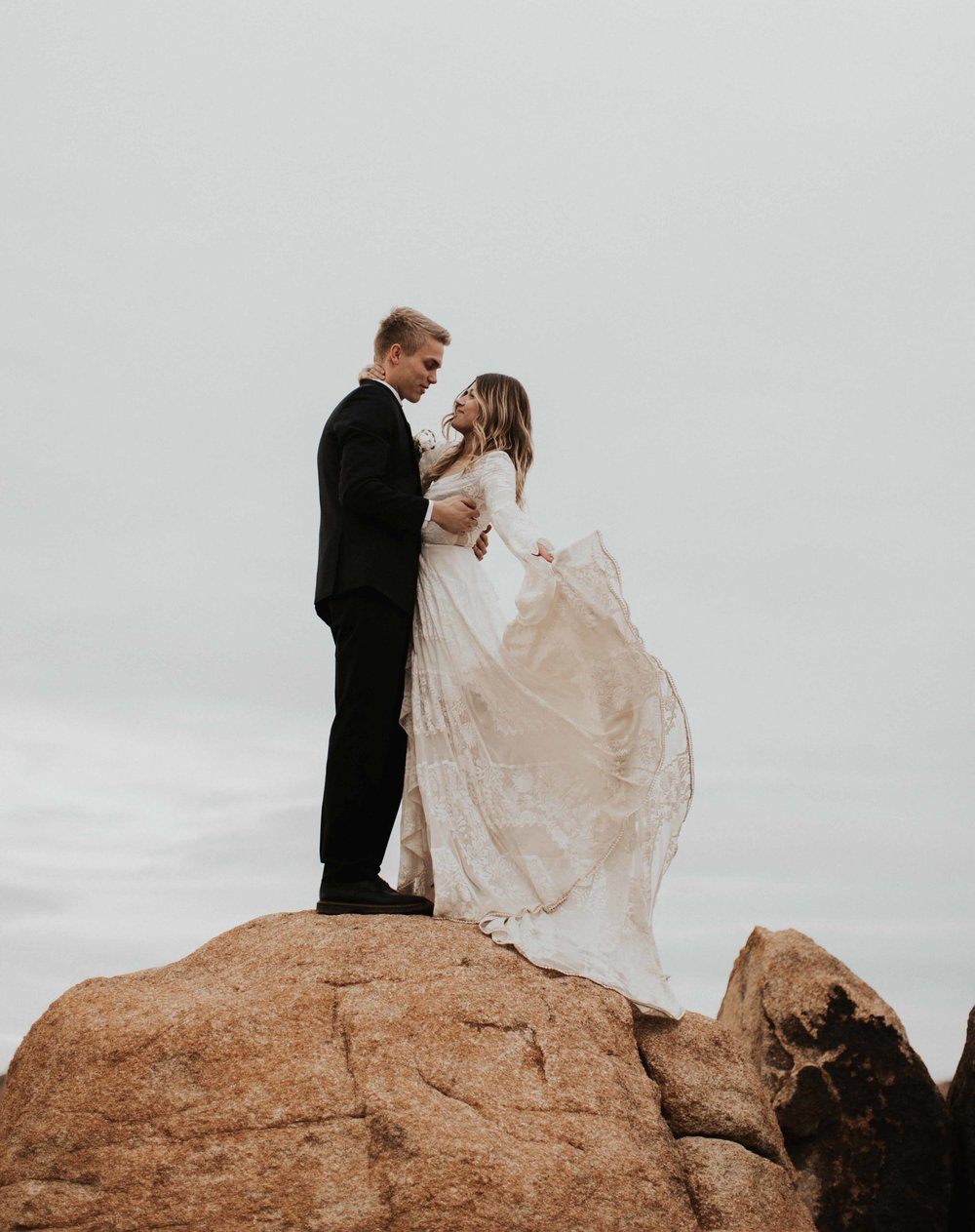 Joshua Tree_Elopement_California _Dawn Mcclannan Photo-2.jpg