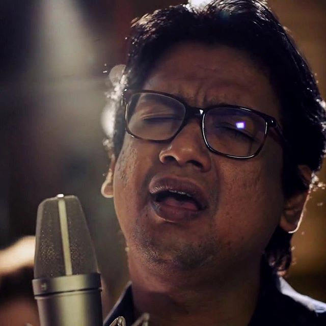 "Vijay Prakash is a one of a kind vocalist! Check out our song together ""Dil Hai Namazi"" on YouTube now!"