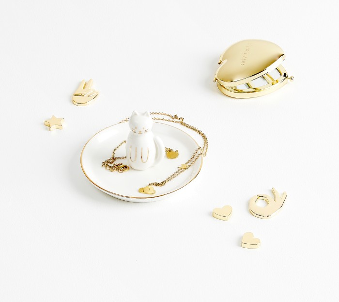 jewellery_dish_cat_shine_white_03_styled.jpg