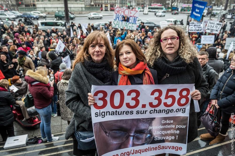Carole Arribat, Véronique Guégano et Karine Plassard lors du rassemblement du samedi 23 janvier à Paris