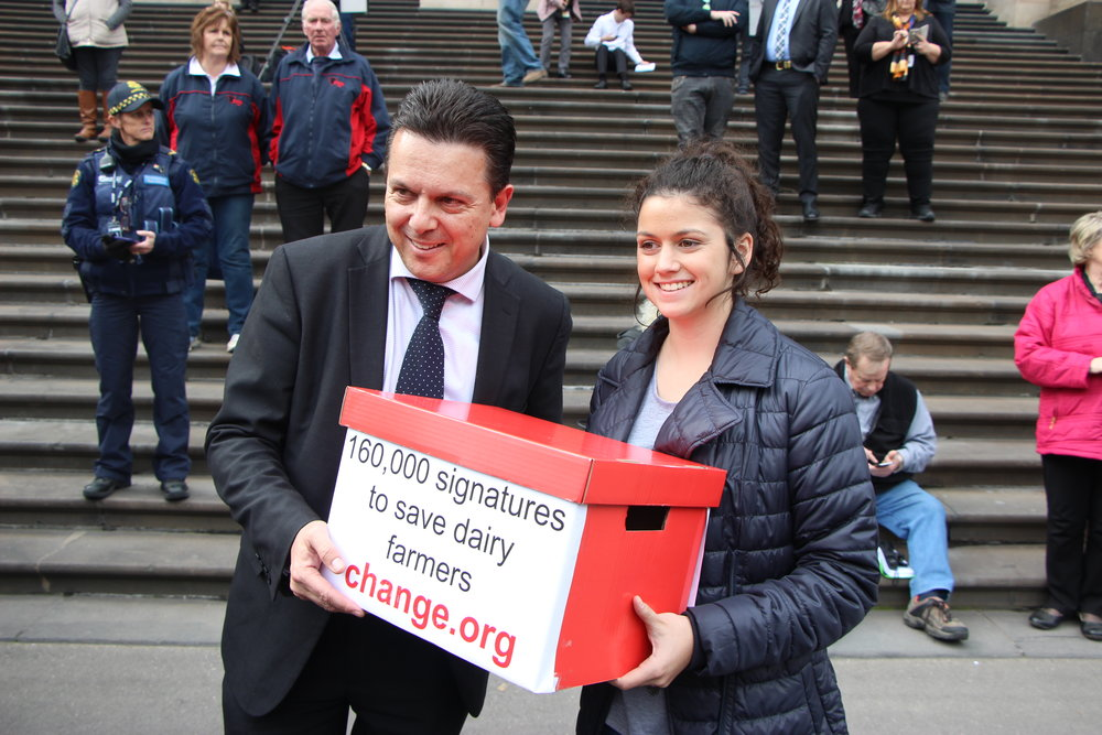 Chloe, 16, met influential MPs including Nick Xenophon during her petition delivery