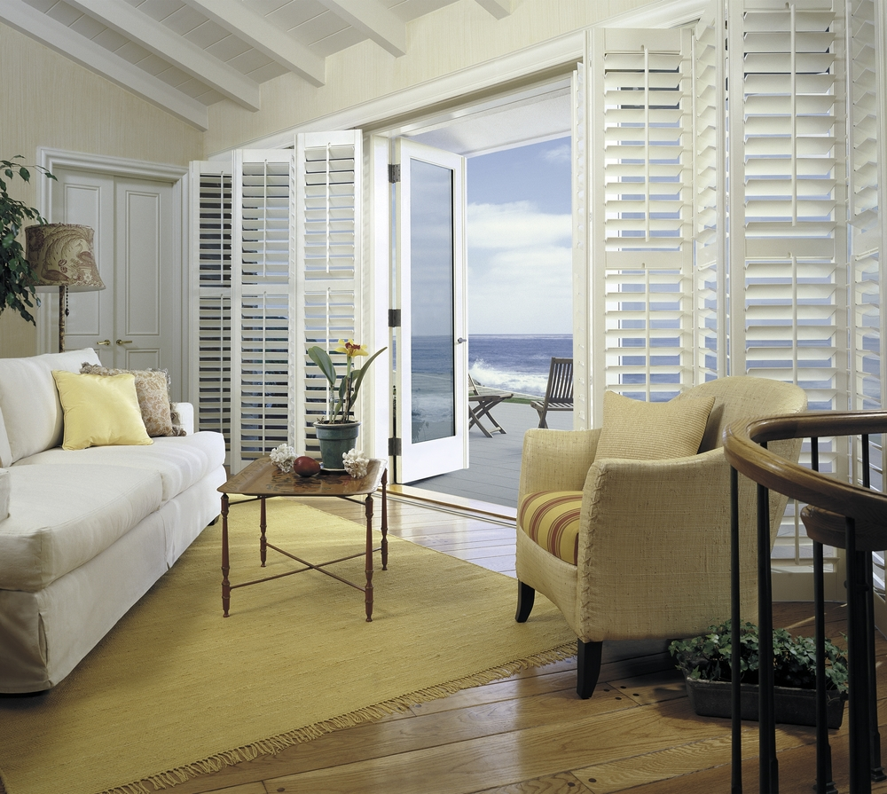 Hunter Douglas   Heritance®   Hardwood Shutters   Learn More