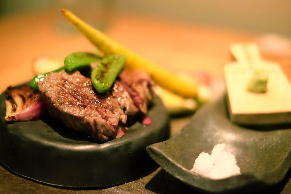 メインの神戸牛のステーキ