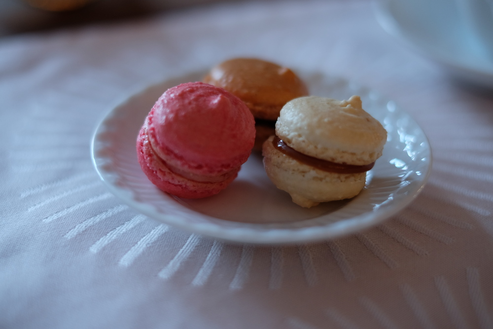 French macaroons: raspberry, salted butter caramel & chocolate ganache