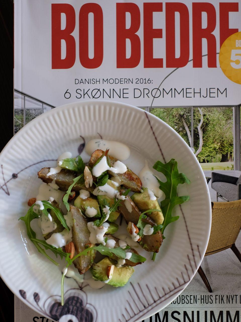 Jerusalem artichoke & avocado salad キクイモとアボカドのサラダ