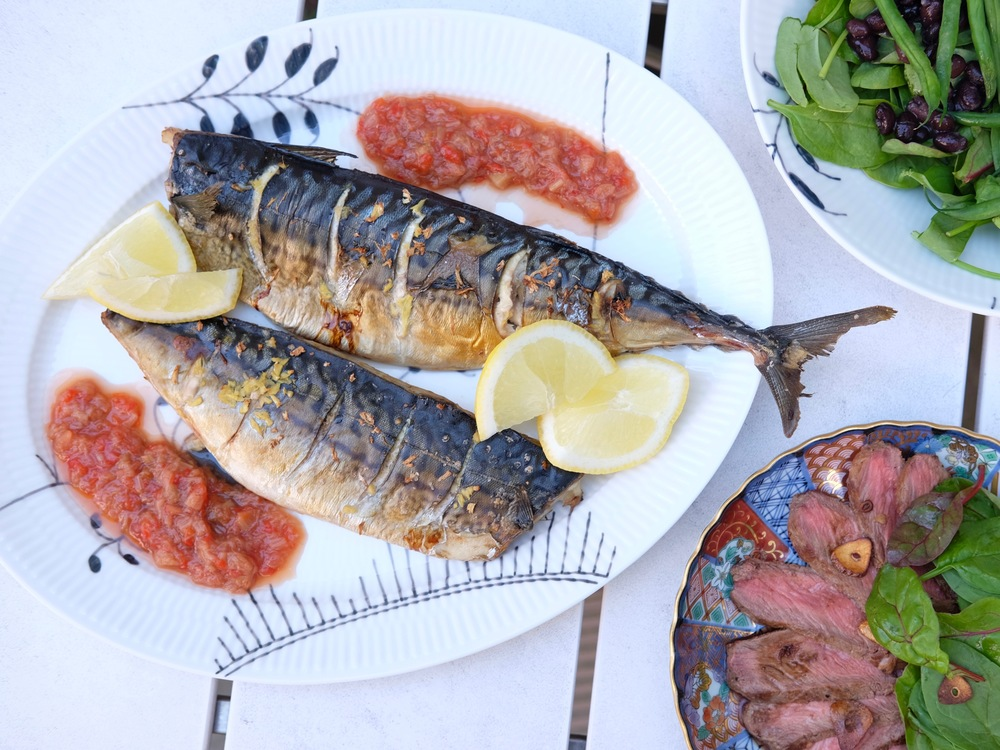 Today´s main dish -- grilled mackerel and rhubarb chutney