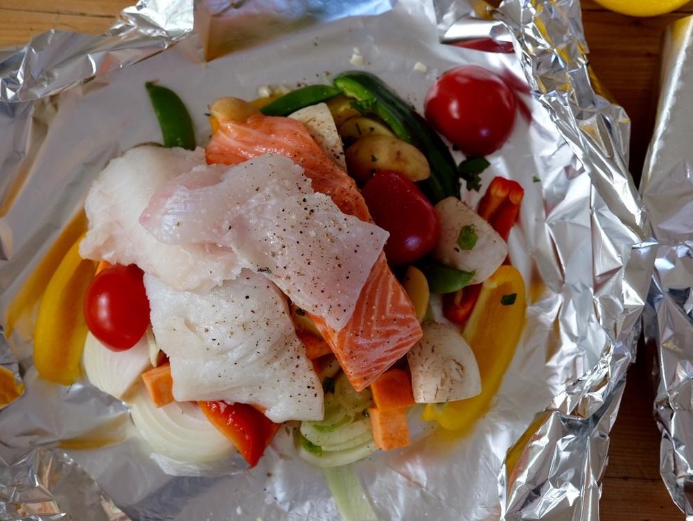 Fish & vegetable in foil