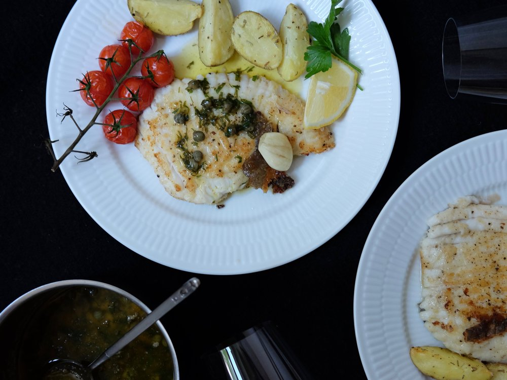Pan-fried skate with butter and caper sauce