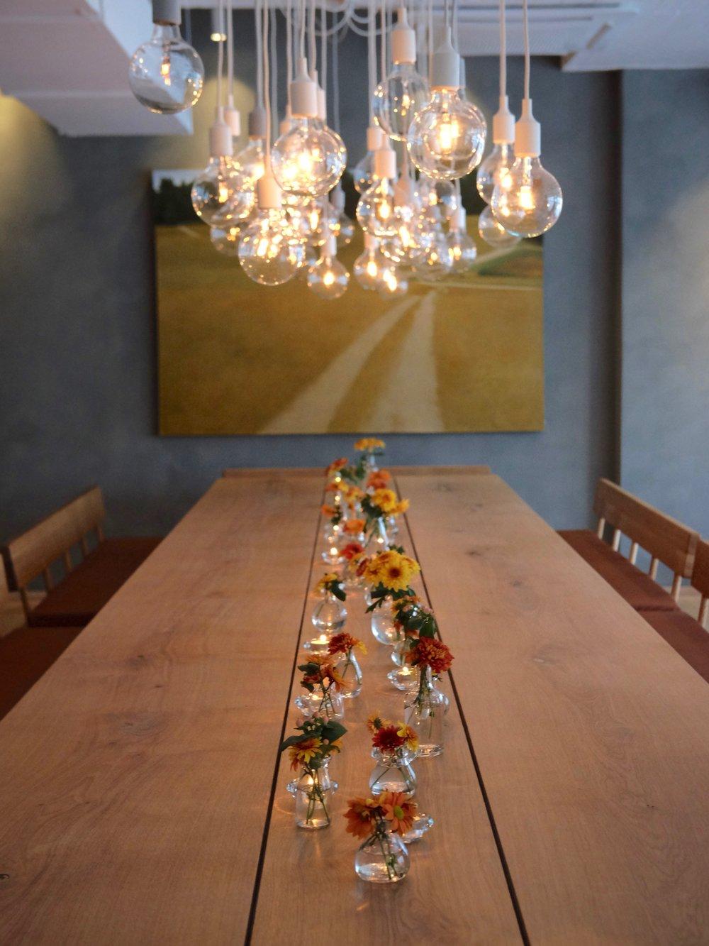 Ett Bord´s dining table