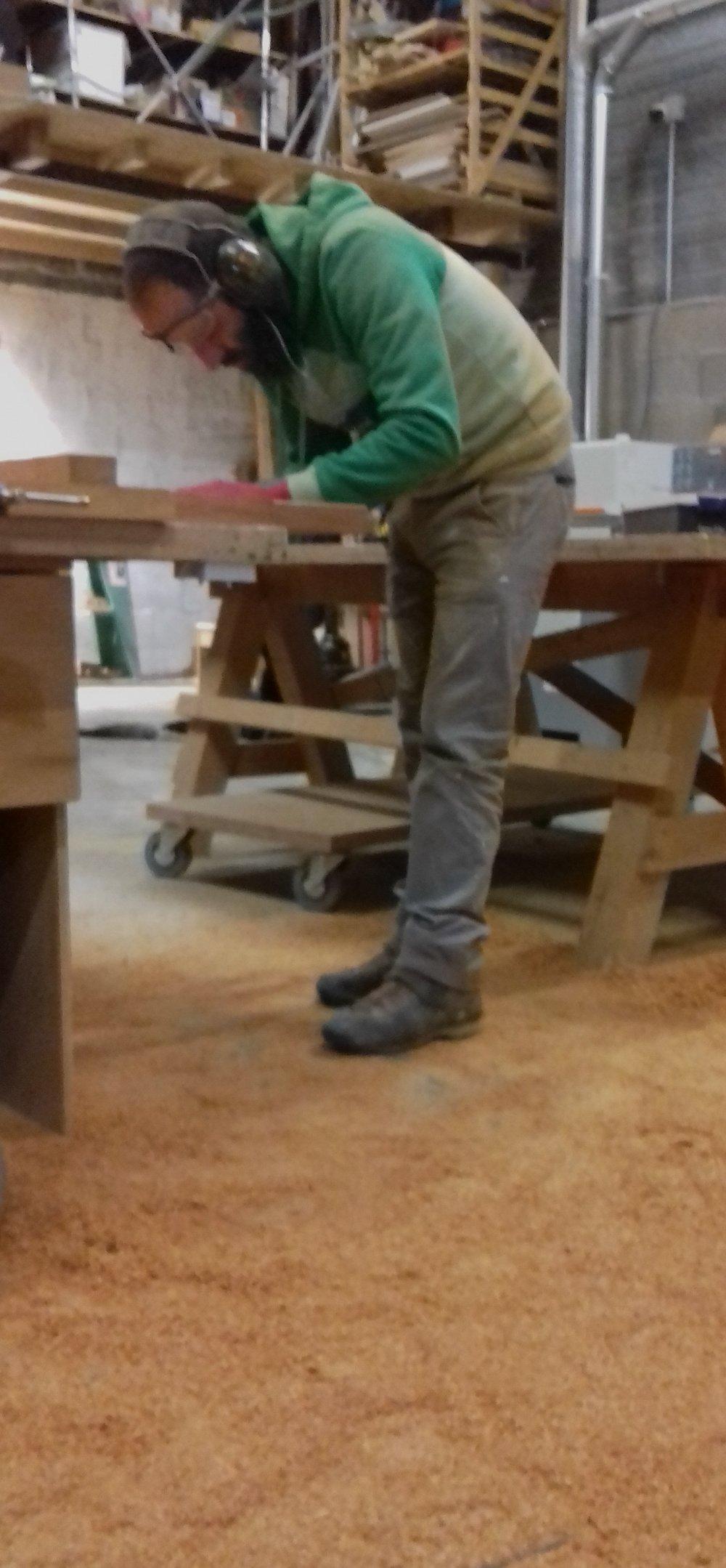 Sam Fabrication de bancs en Ipé à Mon atelier partagé -Corbas.JPG
