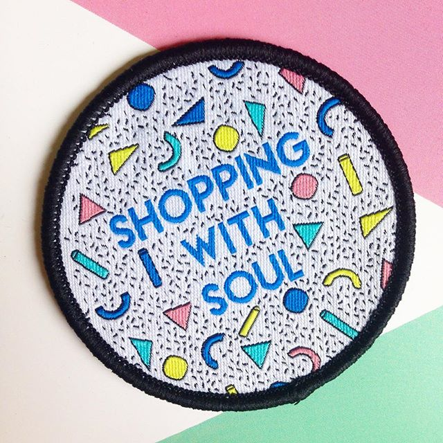 🦊London friends!! It's @craftyfoxmarket in Peckham this weekend so do pop down to see all the amazing makers and join in the craft workshops! Wish I could be there and missing the Crafty Fox Family lots!! 🦊  Here is patch I designed for them earlier in the year! #craftyfoxmarket #craftsposure #designermaker #shopsmall #supportsmallbusiness #indiebiz #shoppingwithsoul #patchgame