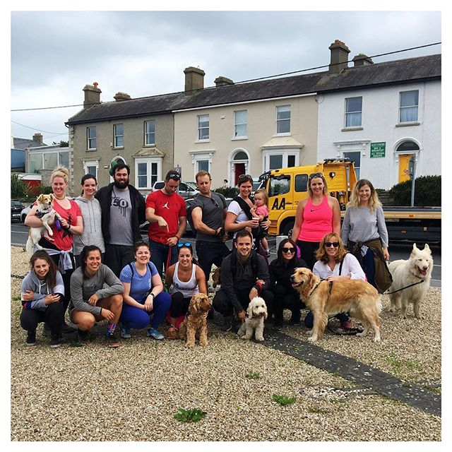 Great Sunday with great people (and dogs 🐶) doing the Cliff Walk from Bray to Greystones. You know you've found your tribe when you hang out even outside of the gym @crossfitireland 💚💙