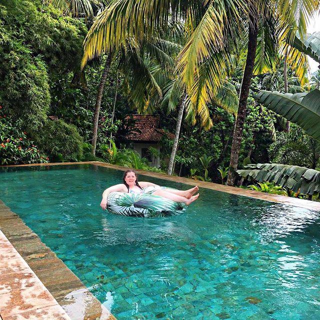 That villa life 🇱🇰🌴✌🏻☀️
