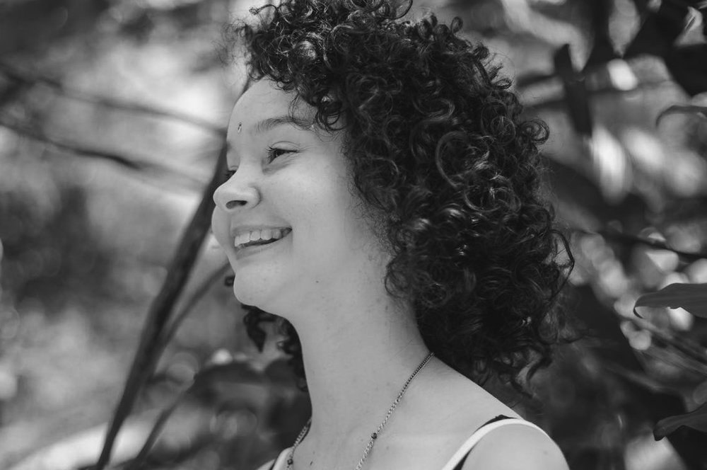 Larissa Barbosa  -  Aluna do Programa Online