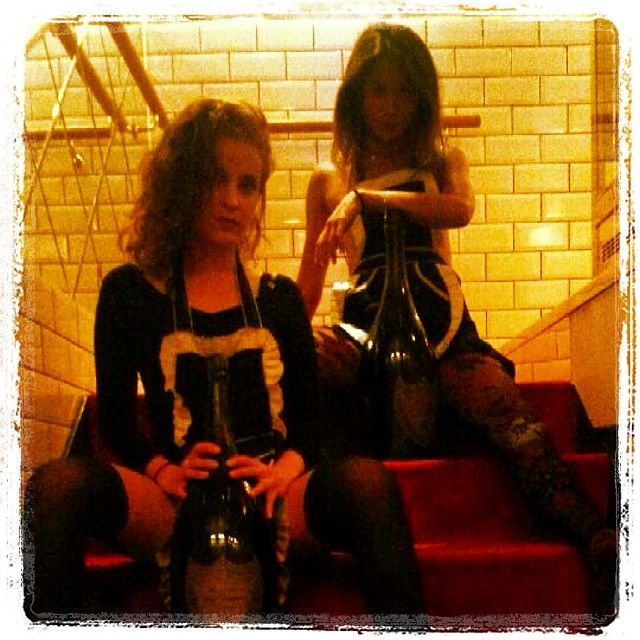 Fou & Dom Pérignon. #Fou #Dom Pérignon @stardustmary @mimmichino