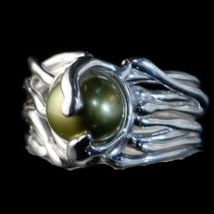 Freshwater Pearl Line Ring
