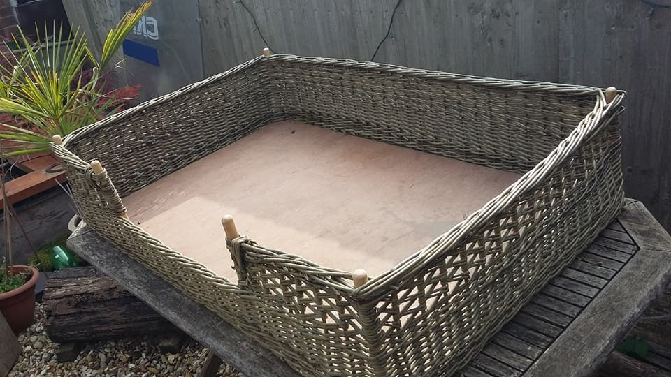2'x3' Dog Bed £185