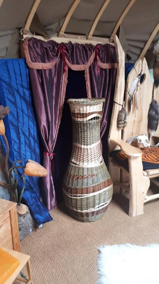 Cradle_to_Grave_Willow_Coffins_The Giant_Vase.jpg