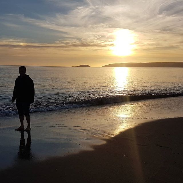 Enjoying a break away  #sunset #sunsetlovers #sea #sky #skylovers #beach #seaton