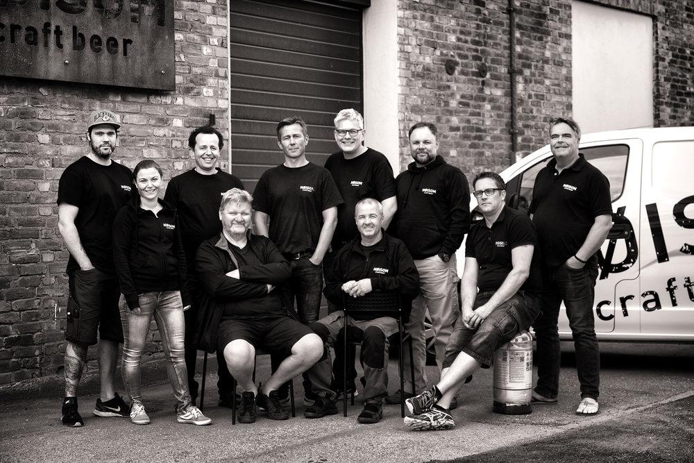 Fra venstre: Joachim Grandahl, Julie Nygård, Lloyd Forbes, Svein Hauge, Pål W. Pettersen, Per Arne Hovland, Stig Lundh, Erik Johannessen, Bo Pedersen, Lars Haglund. Ikke tilstede: Joachim Hansen.