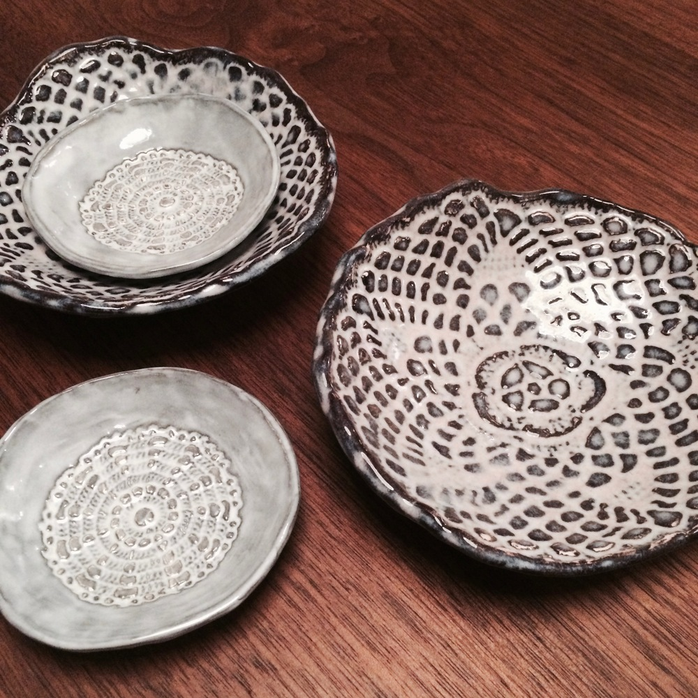 STAMPED CERAMIC DISHES