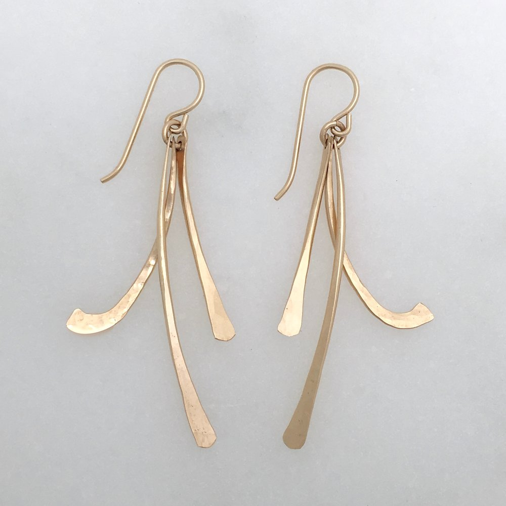 SWING EARRING - 14k gold fill