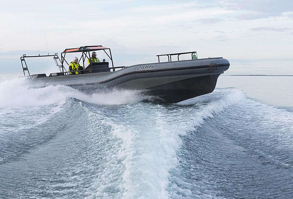 boat-commercial.jpg