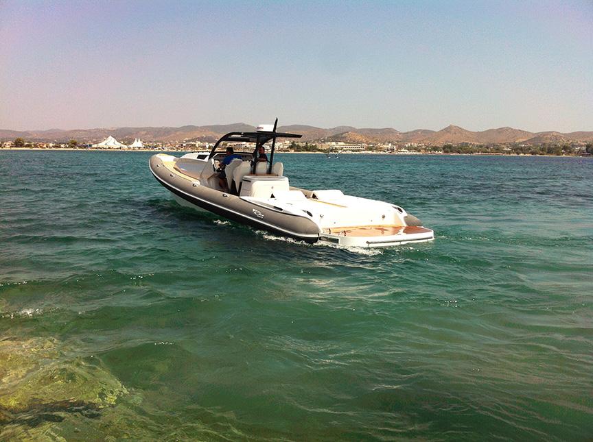 Boat-Scorpion3.jpg